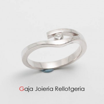 anillo oro blanco con diamante talla brillante