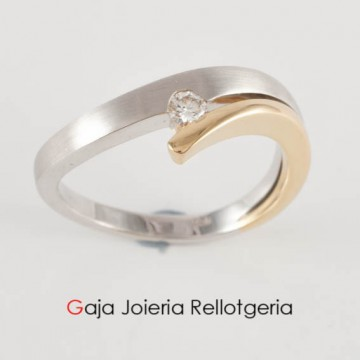 anillo oro bicolor con diamante talla brillante
