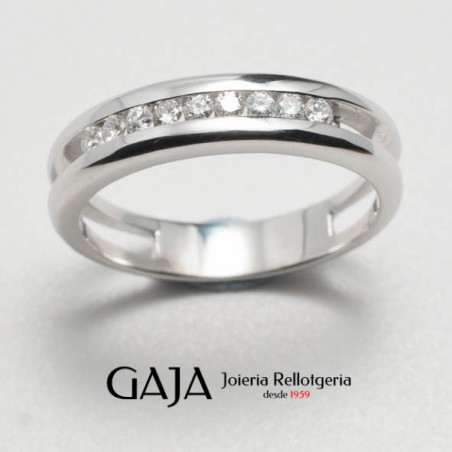 Anillo media alianza oro blanco 18 kilates y diamantes